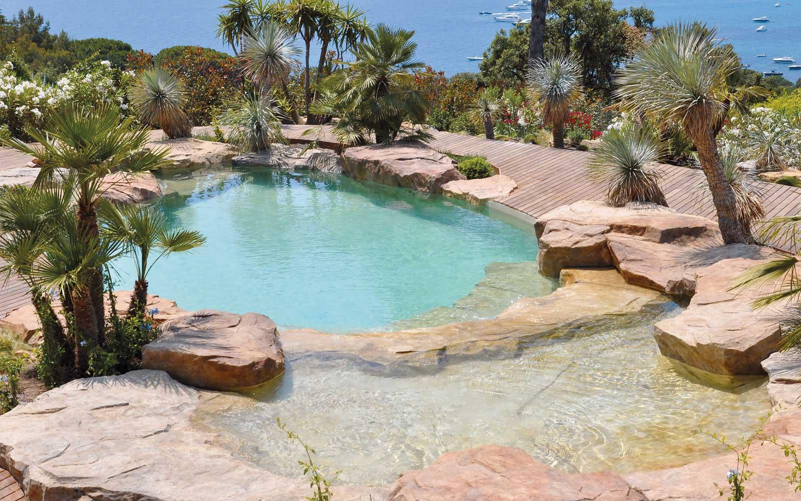 Pool hewn out of rock, Saint-Tropez