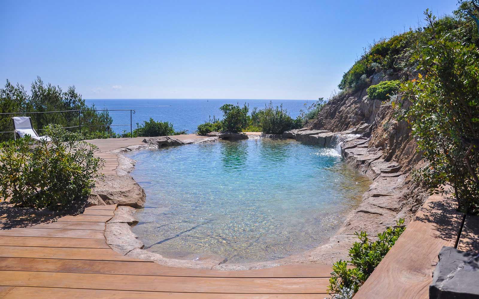 Naturalistic pool overlooking the sea